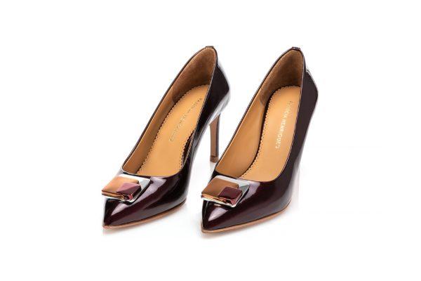 High heel portuguese shoes